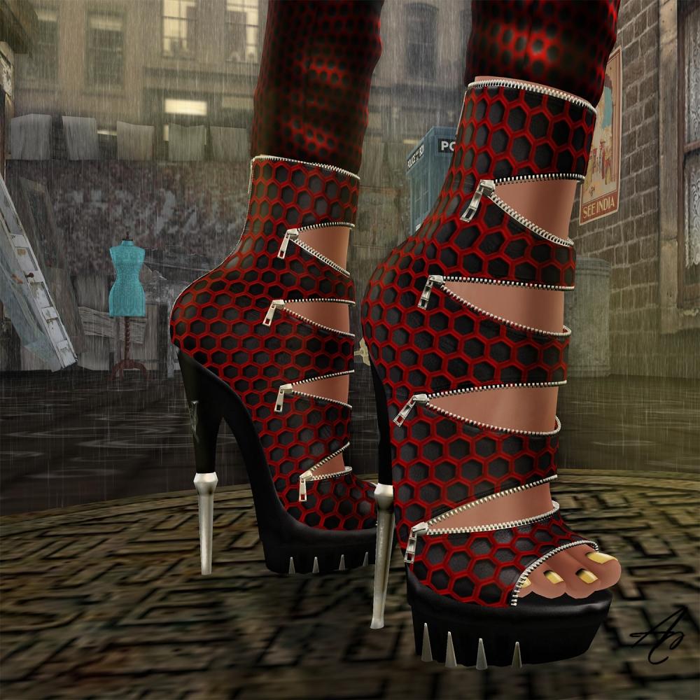 WW Ripley's Red heels GG 1